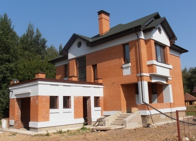 Двухэтажный дом с гаражом: как выбрать из множества проектов?