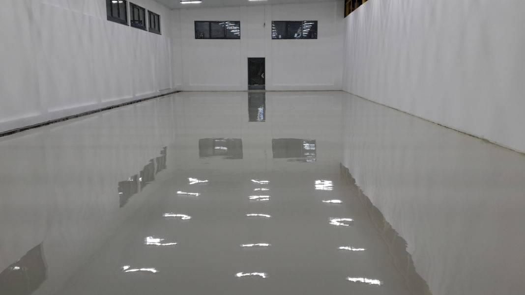 Наливной пол в гараже толщина