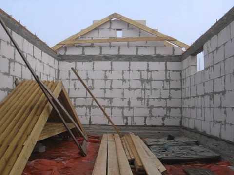 Как правильно сделать двускатную крышу для гаража своими руками — пошаговое видео и фото