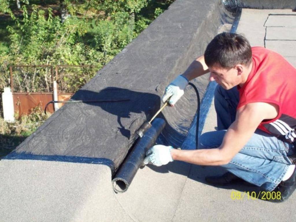 Как сделать и чем покрыть крышу гаража - монтаж односкатной своими руками, из профнастила в том числе