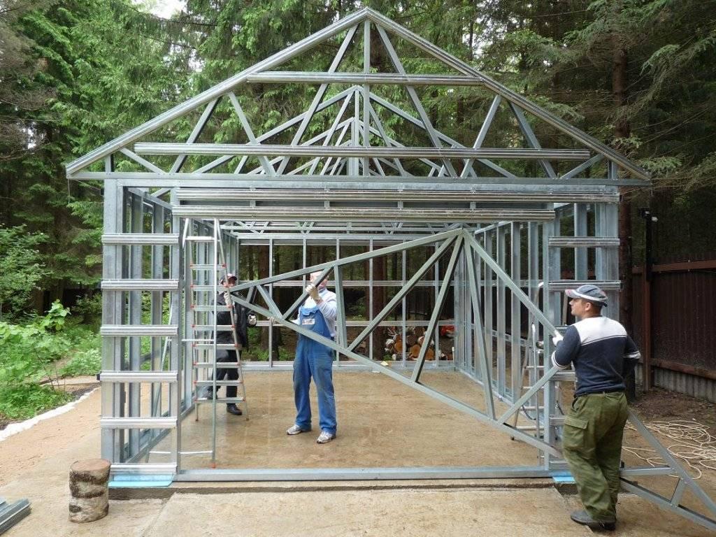 Как построить гараж из металлопрофиля