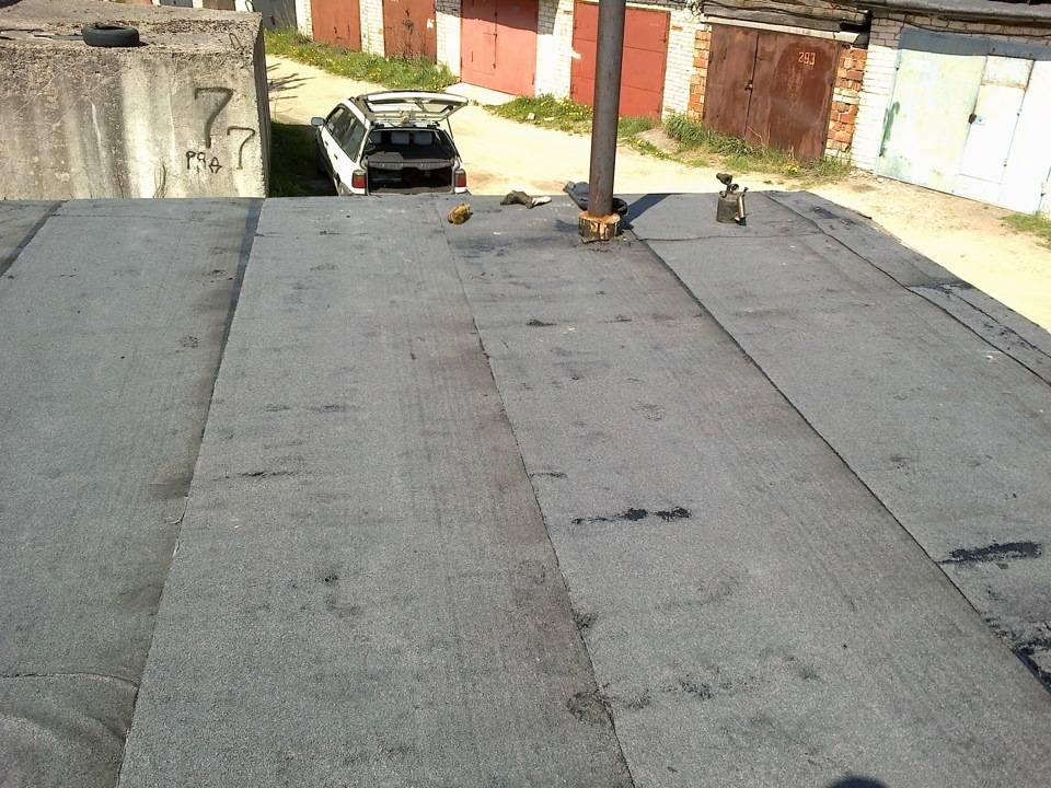 Как залить крышу гаража битумом: сколько ведер нужно, этапы работы с видео