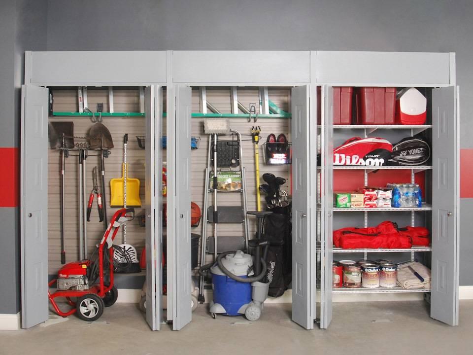 Как обустроить гараж внутри своими руками