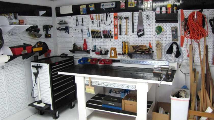 Как построить гараж дешево своими руками: рассмотрим подробно