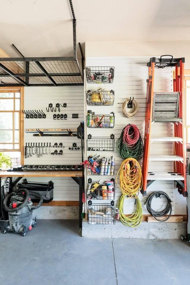 Как обустроить гараж внутри своими руками + фото