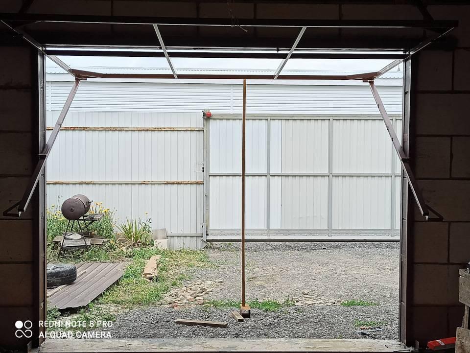 Как сделать гаражные подъёмные ворота своими руками: устройство, схемы, чертежи