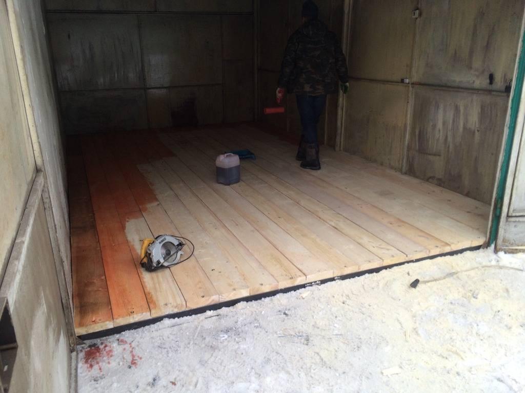 Преимущества и недостатки деревянного пола в гараже, правила сборки