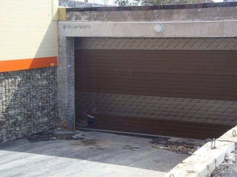 Дома с подземным гаражом: выбираем проект