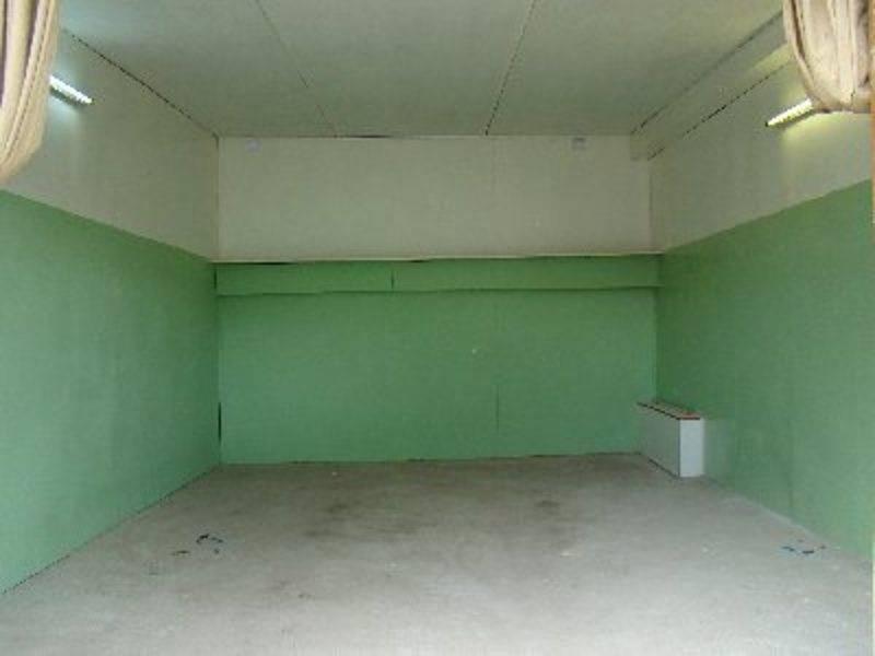 Как покрасить ворота гаража