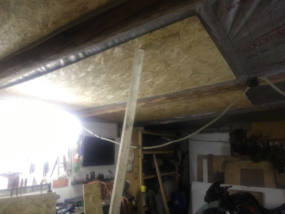 Утепление потолка изнутри в гараже своими руками