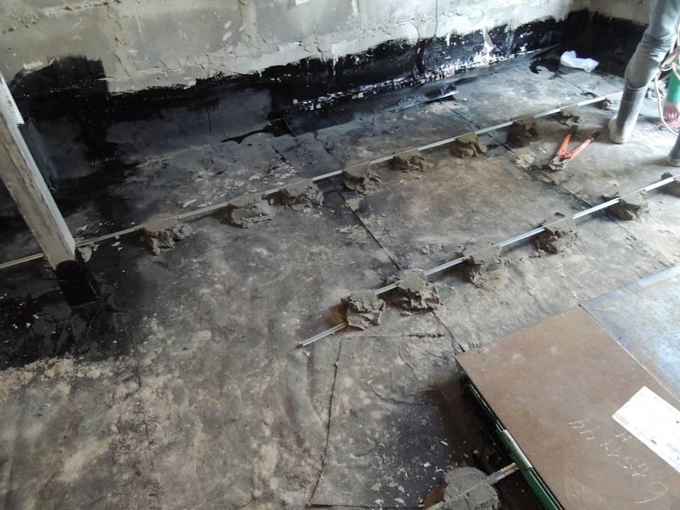 Бетонный пол в гараже: технология сооружения – от заливки бетона до напольного покрытия
