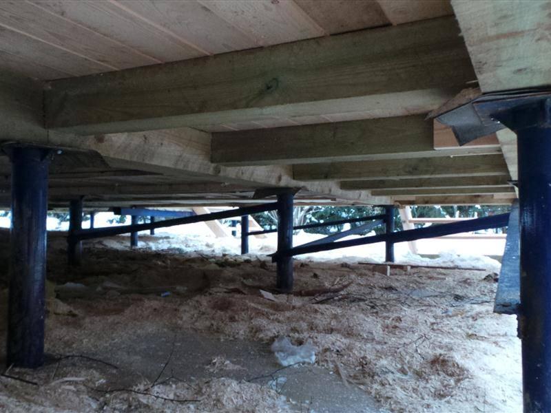Как построить удобный гараж на винтовых сваях своими руками: фото и советы мастеров