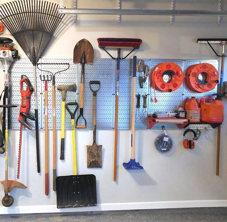 Как выбрать стеллаж для своего гаража