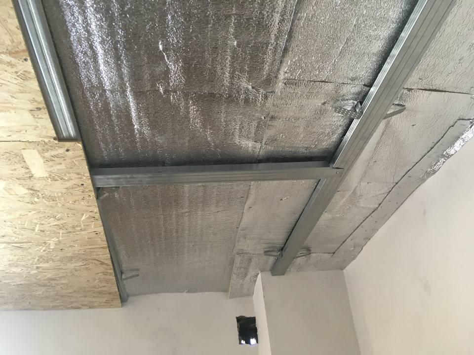 Утепление потолка в гараже изнутри недорого пеноплексом своими руками и пенопластом, чем лучше