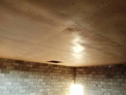 Чем лучше дешево обшить потолок в гараже