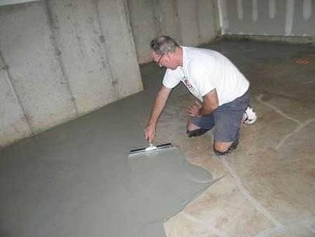 Заливка пола в гараже бетоном: как правильно залить стяжку ровно, пошаговое руководств