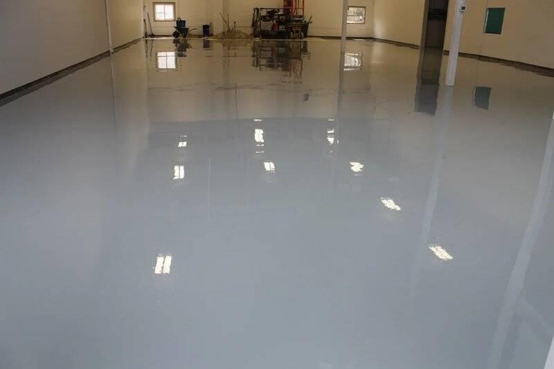 Наливной пол в гараже: специфика устройства полимерного покрытия