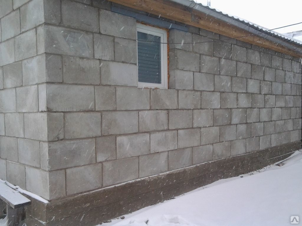 Как построить гараж из дерева, профнастила, шлакоблока — недорого и быстро