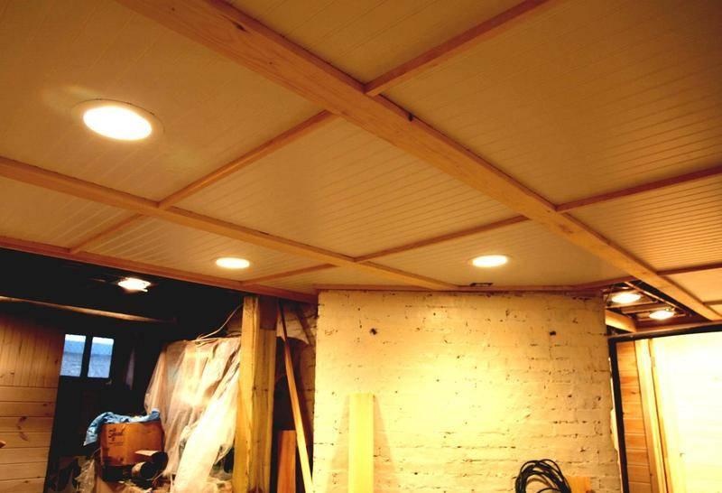 Потолок в гараже: лучшие варианты и инструкции по монтажу!