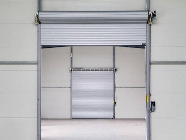 Как сварить гаражные ворота своими руками из профтрубы и уголка: видео и фото