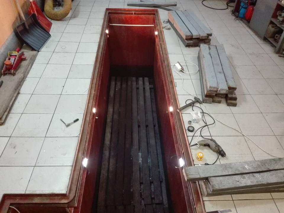 Смотровая яма в гараже своими руками: размеры, гидроизоляция и другое