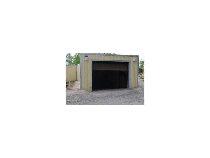 Строительство гаража на участке правила и нормативы: высота в частном доме и расстояние от забора