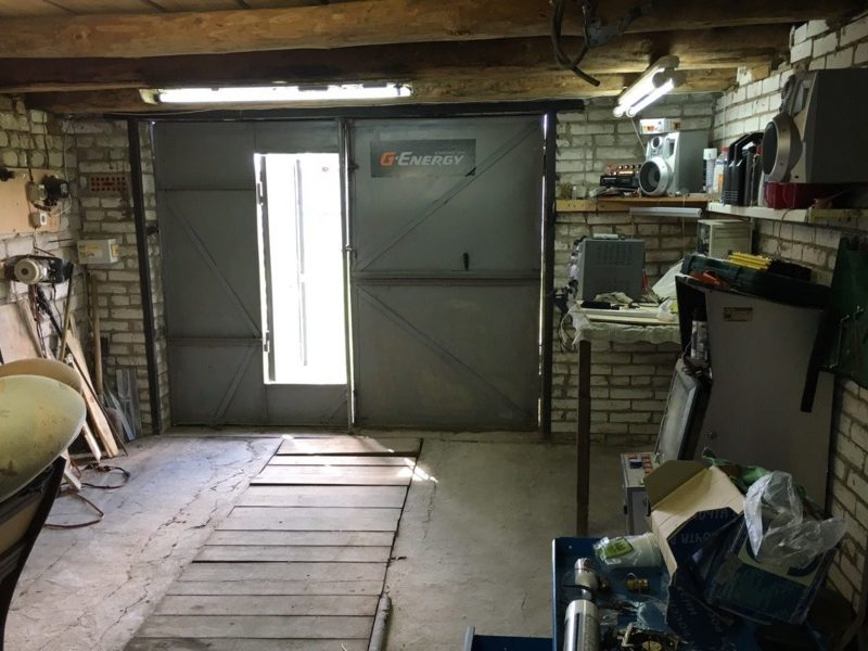 Как узаконить гараж на собственном участке. правила и нормативы при строительстве. нужно ли регистрировать. расстояние от забора.