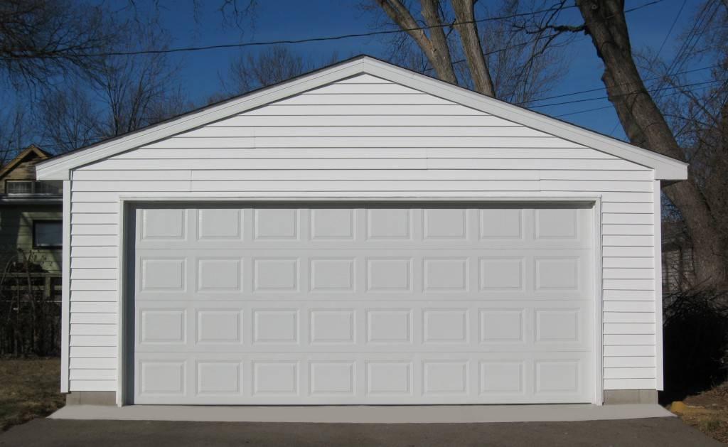 Металлический гараж: правила выбора и технология изготовления