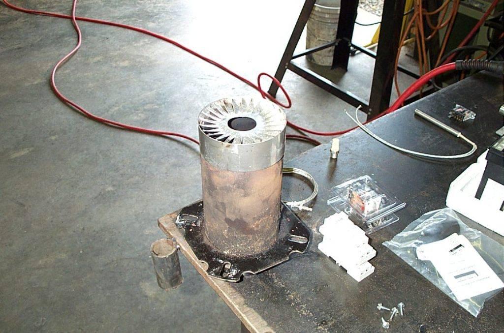 Печь для гаража своими руками: пошаговая инструкция и чертежи. схемы по созданию печки на дровах, газе, на отработке