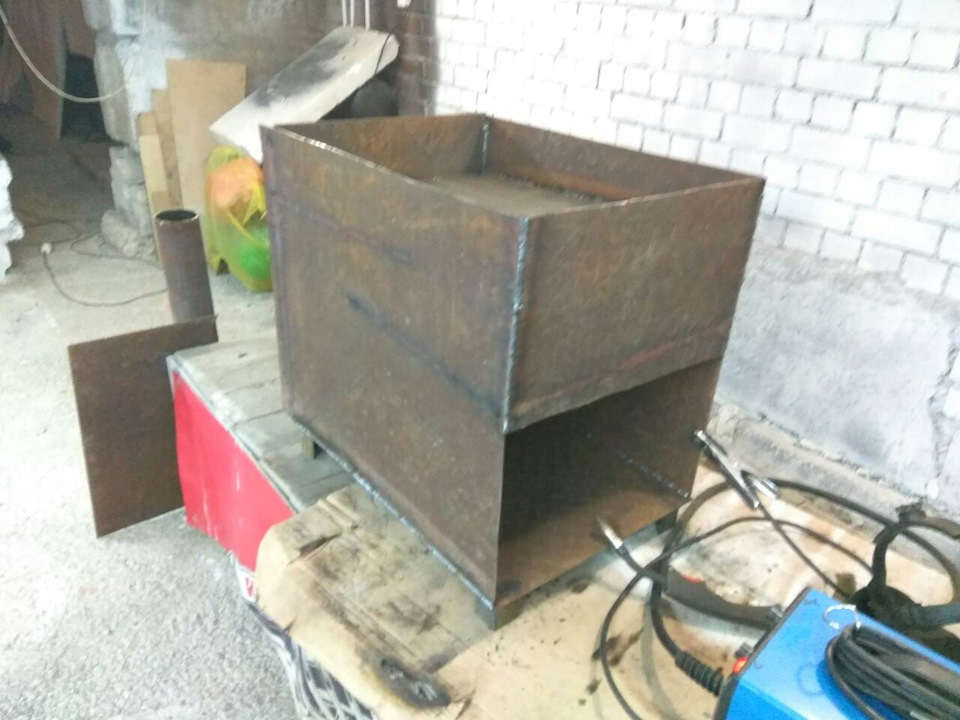 Печка своими руками для гаража: самодельная печь медленного горения, кирпичная, на отработке для отопления гаража, фото и видео иллюстрации