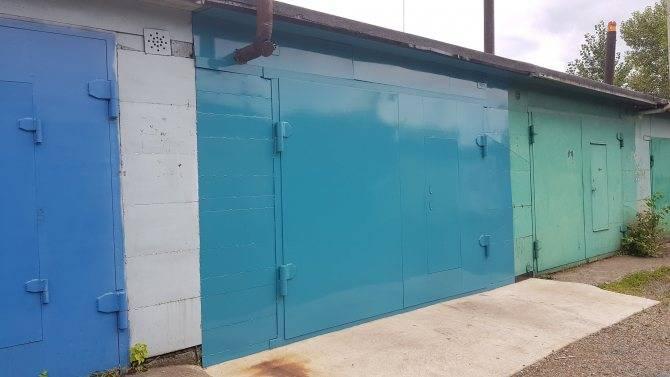 Как покрасить железные ворота, чтобы не отслаивалась краска: выбор краски