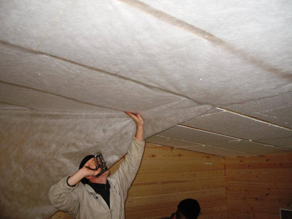 Потолок гаража своими руками. пошаговая инструкция, как обшить изнутри для утепления