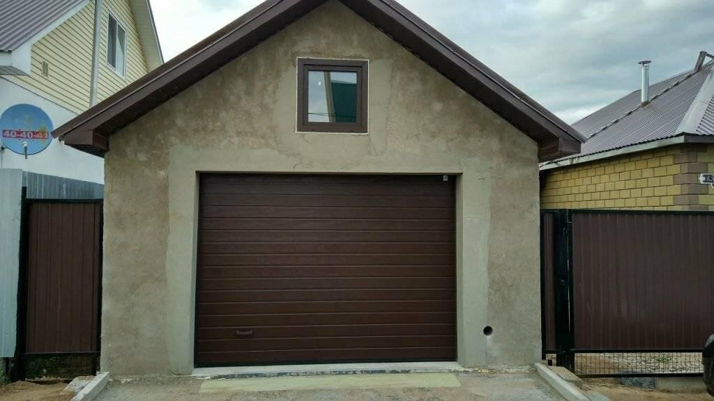 Все нюансы строительства гаража из керамзитобетонных блоков своими руками