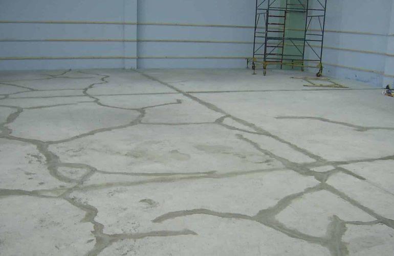 Выравнивание бетонного пола в гараже