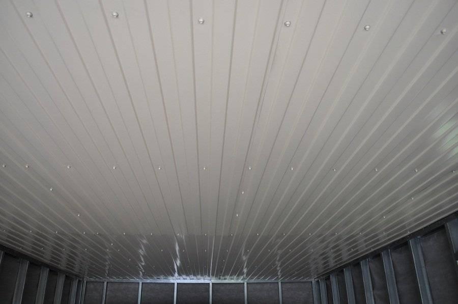 Чем подшить потолок в гараже дешево и красиво: 10 вариантов отделки