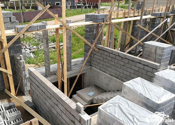 Строим гараж из керамзитобетонных блоков своими руками