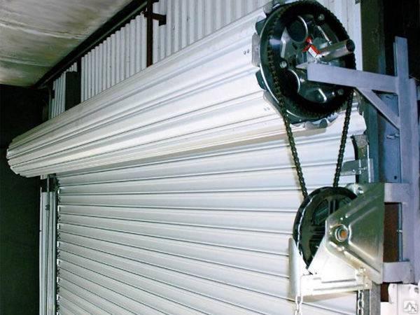 Автоматические гаражные ворота: виды, достоинства и недостатки конструкций