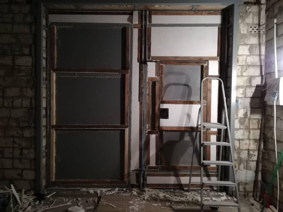 Изготовление гаражных ворот своими руками — разбираемся со всех сторон