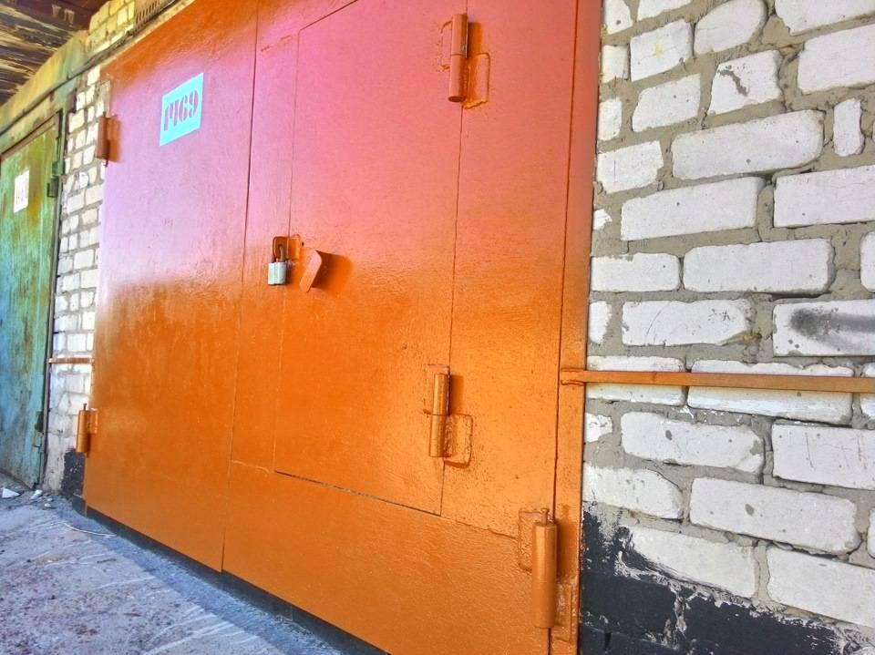 Какой краской покрасить стены в гараже: бетонные, кирпичные или по штукатурке