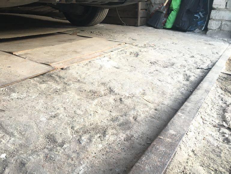 Как исправить неровный наливной пол: шлифовка, ремонт или демонтаж?