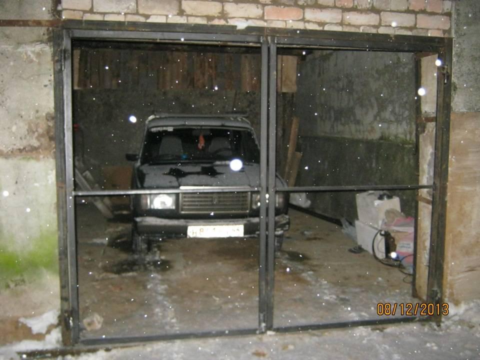Железные ворота на гараж: виды и изготовление