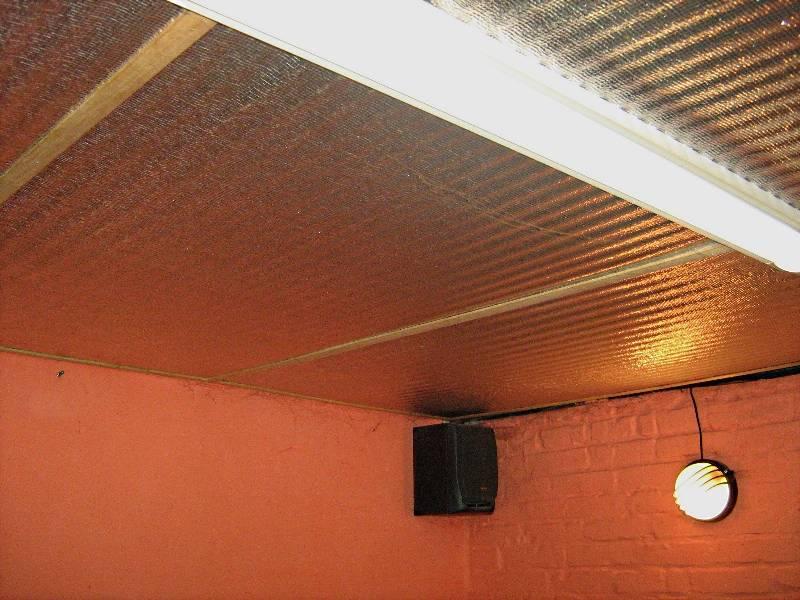 Чем обшить потолок в гараже своими руками изнутри дешево и красиво: фото отделки с утеплением, варианты из дерева, подвесные и натяжные,