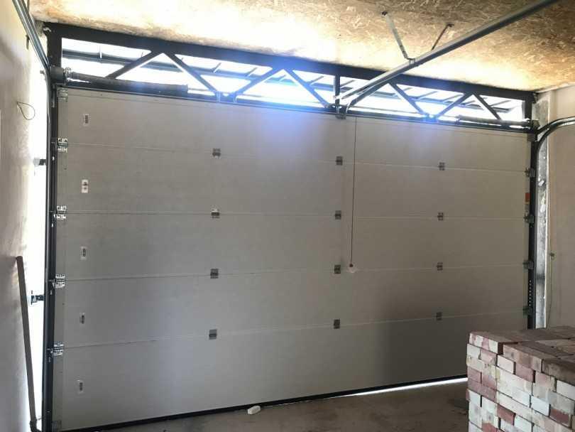 Высота ворот гаража по стандартам и правила выбора