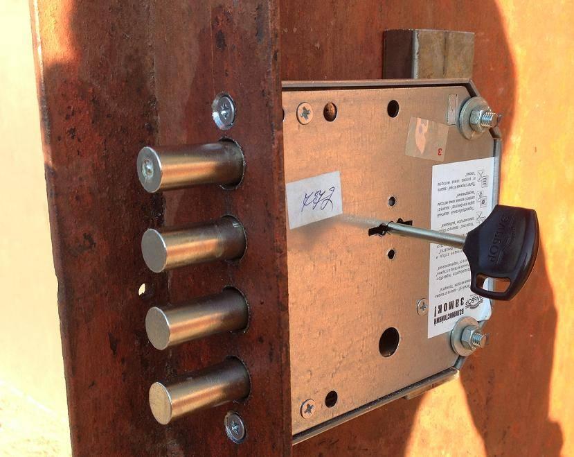 Как своими руками изготовить самодельный замок для гаража и разновидности изделий
