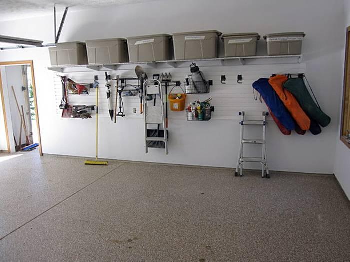 Как правильно обустроить гараж