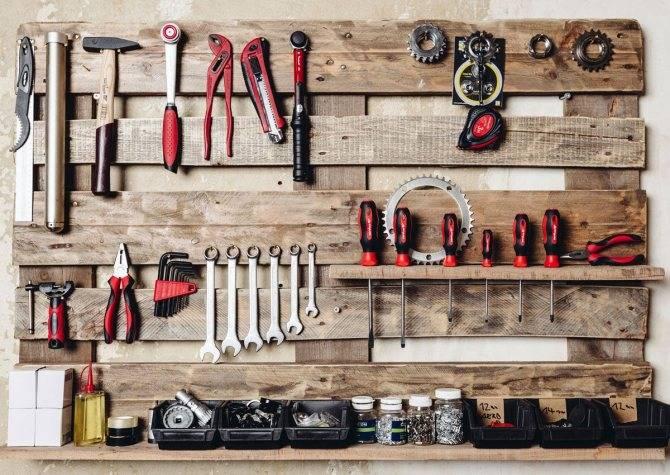 Разновидности мебели для гаража, секреты ее правильного размещения
