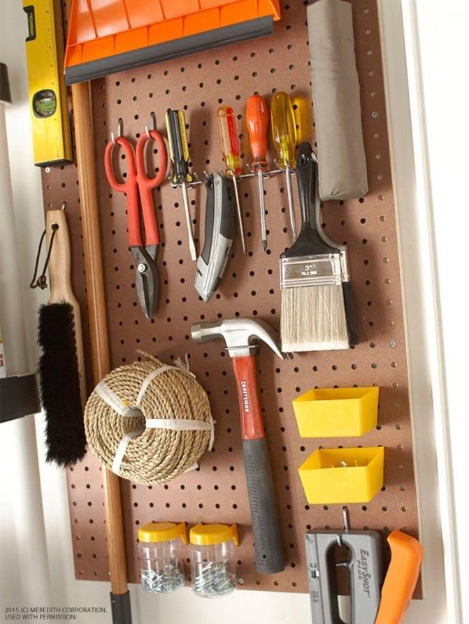 Мебель для гаража, виды и их особенности, материалы, расстановка