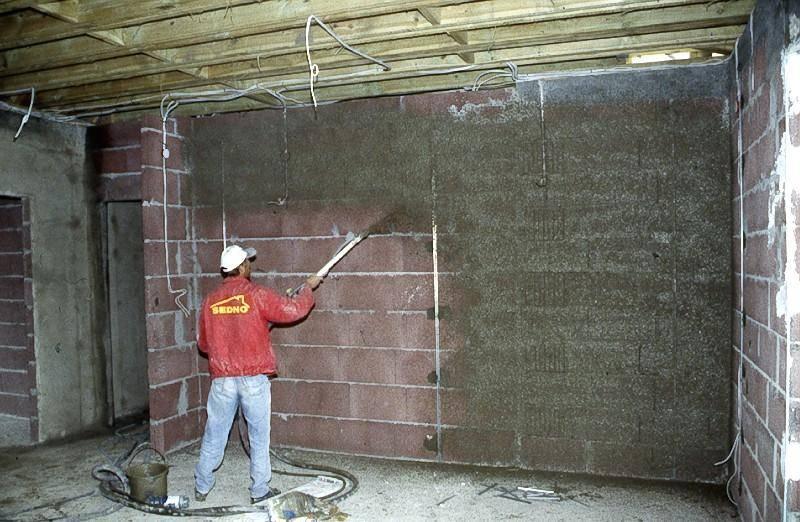 Отделка стен гаража и внутренние работы